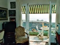 Большие апартаменты с 2 спальнями с видом на море в Monaco