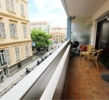 Квартира с большой террасой в центре Золотой площади, продажа. №36847. ЭстейтСервис.