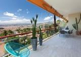 Просторная квартира с панорамным видом на Ниццу