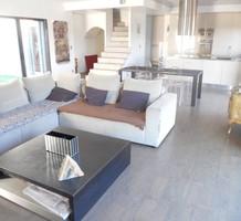 Дом с 3 спальнями с видом на море в Ницце, продажа. №18200. ЭстейтСервис.