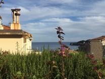 Просторная квартира с двумя спальнями с видом на море в Сен-Жан-Кап-Ферра