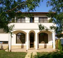 Дом в курортном г. Балчик, продажа. №11042. ЭстейтСервис.