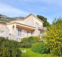 Солидный особняк с видом на море в центре Cap-d'Ail, продажа. №39617. ЭстейтСервис.