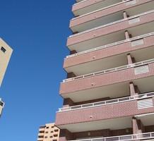 Большая односпальная квартира с видом на море в Бенидорме, продажа. №10925. ЭстейтСервис.