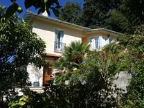 Уютная вилла с четырьмя спальнями в Ментоне