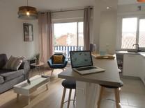 Двухкомнатная квартира с хорошим ремонтом в Каннах