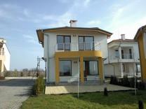 Дом в Сарафово