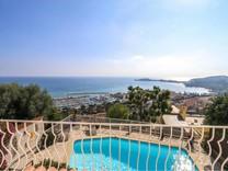 Вилла с красивой панорамой на море и Cap Ferrat