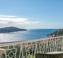 Квартира с большим садом и видом на море в Villefranche-sur-Mer, продажа. №40014. ЭстейтСервис.