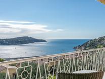 Квартира с большим садом и видом на море в Villefranche-sur-Mer