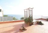 Двухкомнатные апартаменты на берегу моря с бассейном и террасой в Cap de Salou