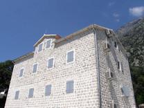 Квартира рядом с морем в Доброте