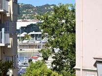 Квартира с видом на море и Дворец фестивалей