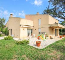 Солидный семейный дом в Juan-les-Pins, продажа. №38059. ЭстейтСервис.