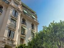 Большие апартаменты в центре района Флёр