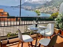 Апартаменты с видом на море, горы и Монако