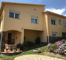 Дом с видом на море в Кастель-Пладжа-де-Аро, продажа. №38210. ЭстейтСервис.