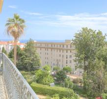 Буржуазная квартира с видом на море в Ментоне , продажа. №39421. ЭстейтСервис.