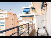 Большая квартира с потенциалом в Жуан-Ле-Пен
