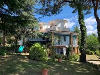 Просторный дом с панорамным видом на море и зелень в Platja d Aro