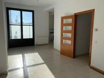 Четырехкомнатная квартира в новом доме в Льягостере