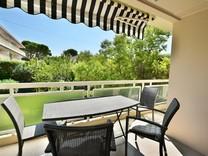 Четырехкомнатные апартаменты на Cap d'Antibes