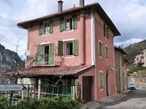 Атмосферный дом с 5 спальнями в Belvédère