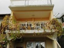 Квартира с садом в Сутоморе
