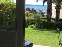 Квартира с садом и видом на море в Каннах, Тасиньи