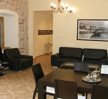 Двухспальная квартира в старинном доме в Которе, продажа. №10727. ЭстейтСервис.