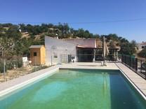 Семейная вилла с бассейном в Cártama