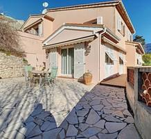 Дом с бассейном и видом на море в Ментоне, продажа. №40429. ЭстейтСервис.