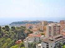 Двухкомнатная квартира на Лазурном Берегу с видом на море