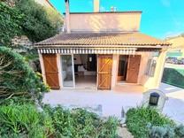 Небольшой дом в Антибе, сектор Les Semboules