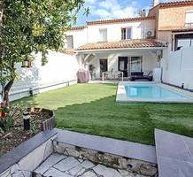 Уютный дом с бассейном в Антибах, сектор Rastines, продажа. №41145. ЭстейтСервис.