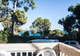 Двухкомнатная квартира с большой террасой в Кап-Салоу