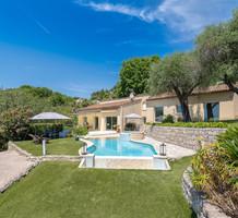 Дом с приятным видом на море в Mougins, продажа. №39023. ЭстейтСервис.