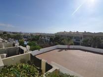 Таунхаус в одном километре от Playa del Duque