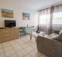 Удобная квартира в 200-х метрах от Plage du Mouré Rouge, продажа. №37221. ЭстейтСервис.