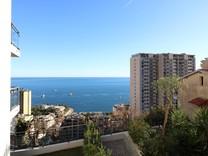 Новая квартира с боковым видом на море и Монако