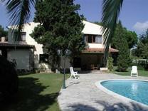 Вилла в Sant Antoni de Calonge с 30 сотками земли