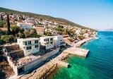 Новые виллы с причалом и частным пляжем