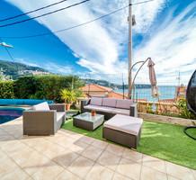 Дом с красивым видом на море в Рокебрюн-кап-Мартен, продажа. №38466. ЭстейтСервис.