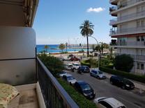 Квартира с видом на море напротив Plage Rondelli