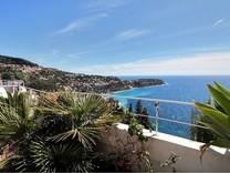 Квартира с шикарной панорамой на Roquebrune-Cap-Martin