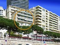 Двухкомнатные апартаменты в Монако с видом на море