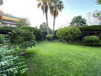 Пятикомнатная квартира с большим садом в Сан-Андрес