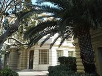 Двухуровневые апартаменты в центре  Beaulieu-sur-Mer