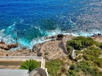 Большая квартира буквально напротив моря на Cap de Nice