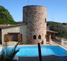 Вилла с башней в Platja d Aro, продажа. №9935. ЭстейтСервис.